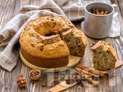 Шарен кекс с орехи, канела и какао - снимка на рецептата